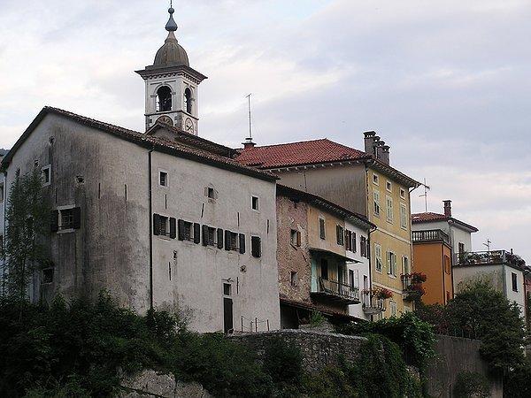 Kanal kanal ed i dintorni ita for Casa di architettura gotica